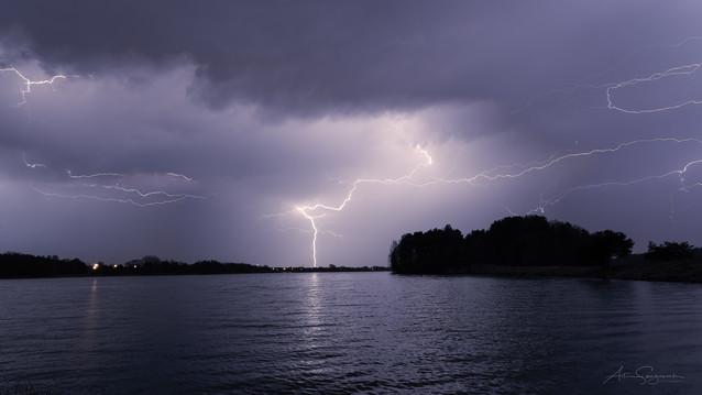 Pierwsza wiosenna burza Artur Szczeszek #317063