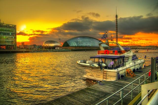 BARTLOMIEJ KOPCZYNSKI Glasgow - Ibrox Harbor