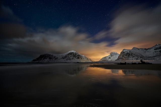 Noc na plazy Skagsanden Norwegia, Wyspy Lofockie JAN SIEMINSKI