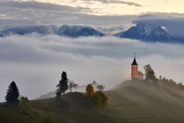 Kosciółek miejscowosc Jamnik, Słowenia JAN SIEMINSKI #300462