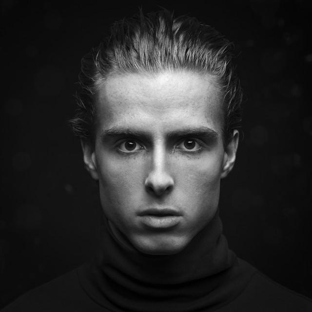 Bartek Kopczyński www.BlackStudio.eu Twarzą w twarz