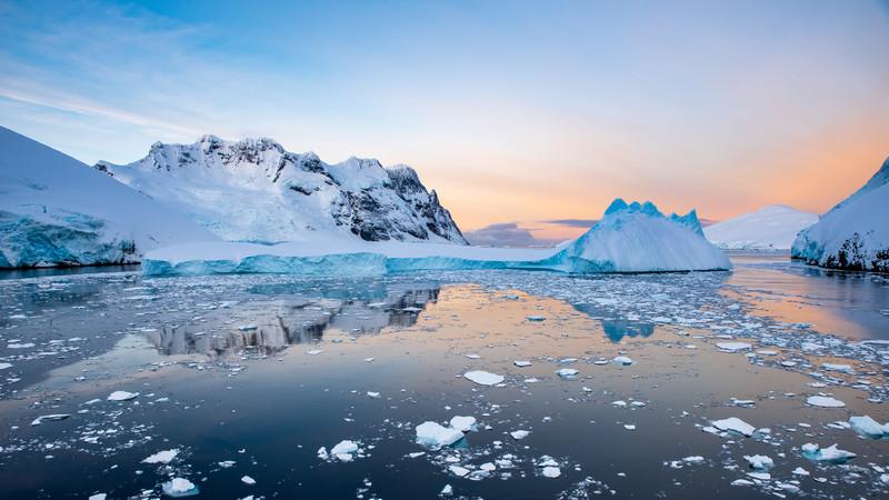 Jacek Pióro|Antarctica