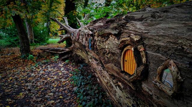 the autumn of a little hobbit atenytom #337910