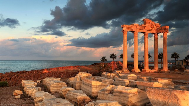 Ruiny w Side  Side – starożytne miasto w Turcji Zbyszek1955