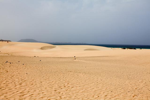Wydmy (Dune di Corralejo) Wyspy Kanaryjskie. Fuerteventura.